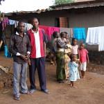 Conakry. Quartier Cimenterie. Diarra, Marc et famille. Merci pour hospitalité et sécurité lors des émeutes!