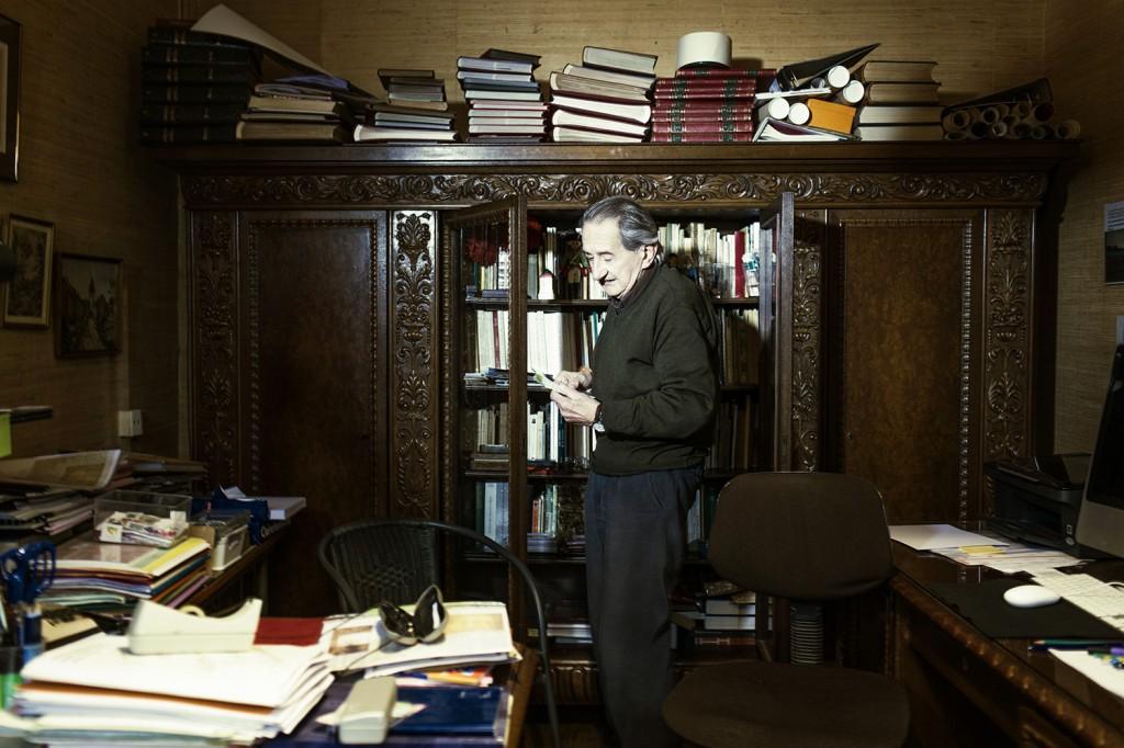 Jean Dauphin, de negentigjarige,dynamische  conservator  oorlogsmuseum Latour.