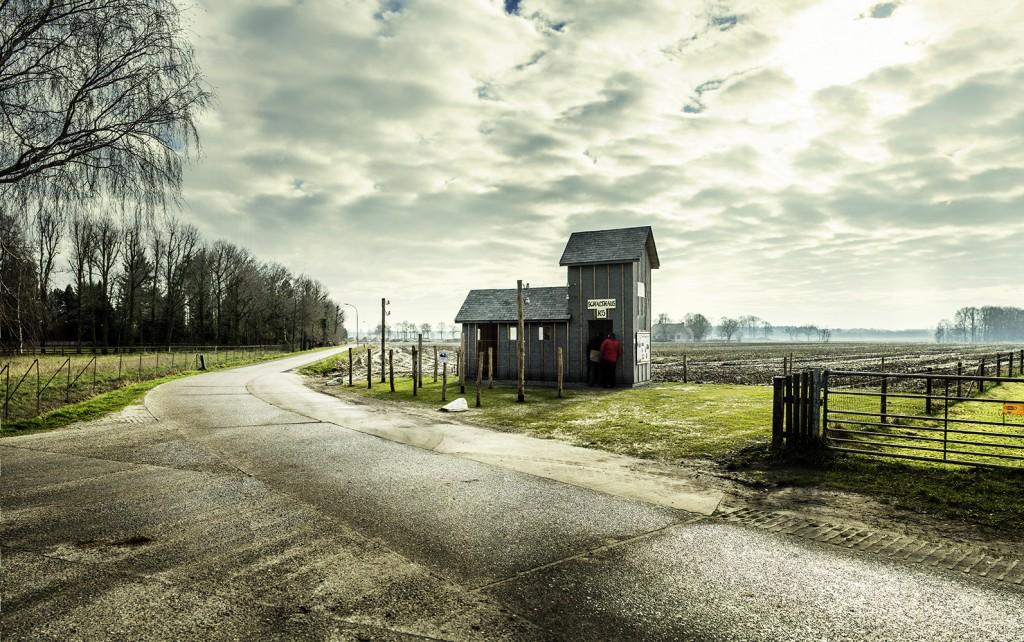 replica schakelhuisje grens Zondereigen (foto Franky Verdickt)